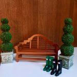 Model bench and bushes